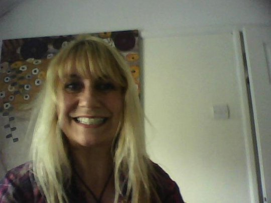 mc bee online dating 5 online dating fears and how to address them october 28, 2009 by julie t online dating advice, online dating tips 0 0 0 4 0 all daters have fears one reality of.