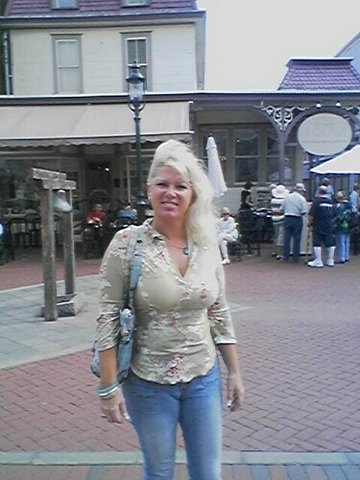 cape may county asian single women Cape may county meet the cape may 'bread lady' who sells out of the two women attended lower cape regional high school find njcom on facebook.